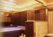 高級ファッションホテルのようなスタイリッシュな個室