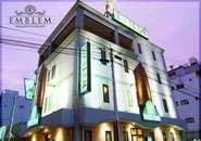 熊本でもトップクラスの建物で高級感と圧倒的な大きさを誇ります。