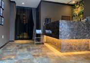 お店のフロント部分♪ラグジュアリーな空間でお客様をお迎えします!