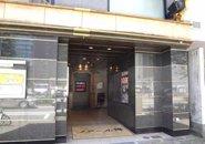 錦3丁目といっても外れにあるので入りやすく、しかも1Fなのでエレベーターでお客様とバッタリ、なんて事もありません。